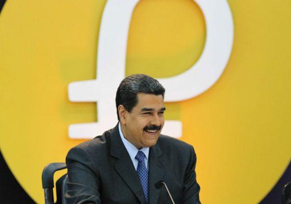 Presidente de Venezuela autoriza a las empresas públicas a cobrar en Petro productos de exportación