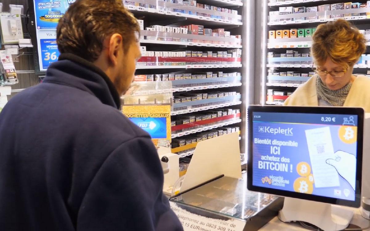 En Francia inicia venta de bitcoin en 6 tiendas de tacabos