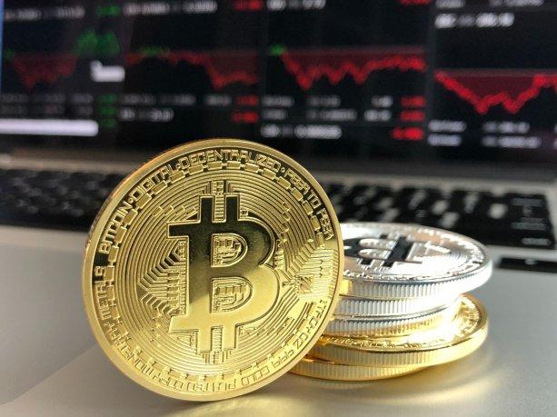 El Bitcoin empodera a sus usuarios haciendo innecesaria su bancarización para poder participar en sistemas de pagos online