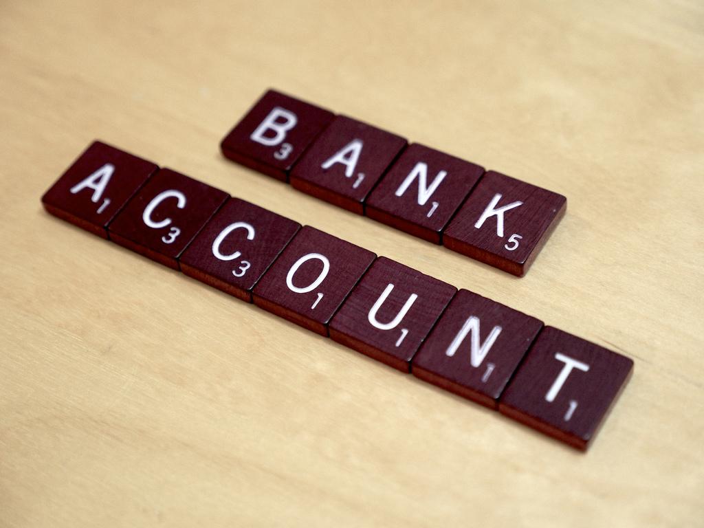 Las empresas de criptográfia aún tienen problemas para abrir cuentas bancarias, según informe de Bloomberg