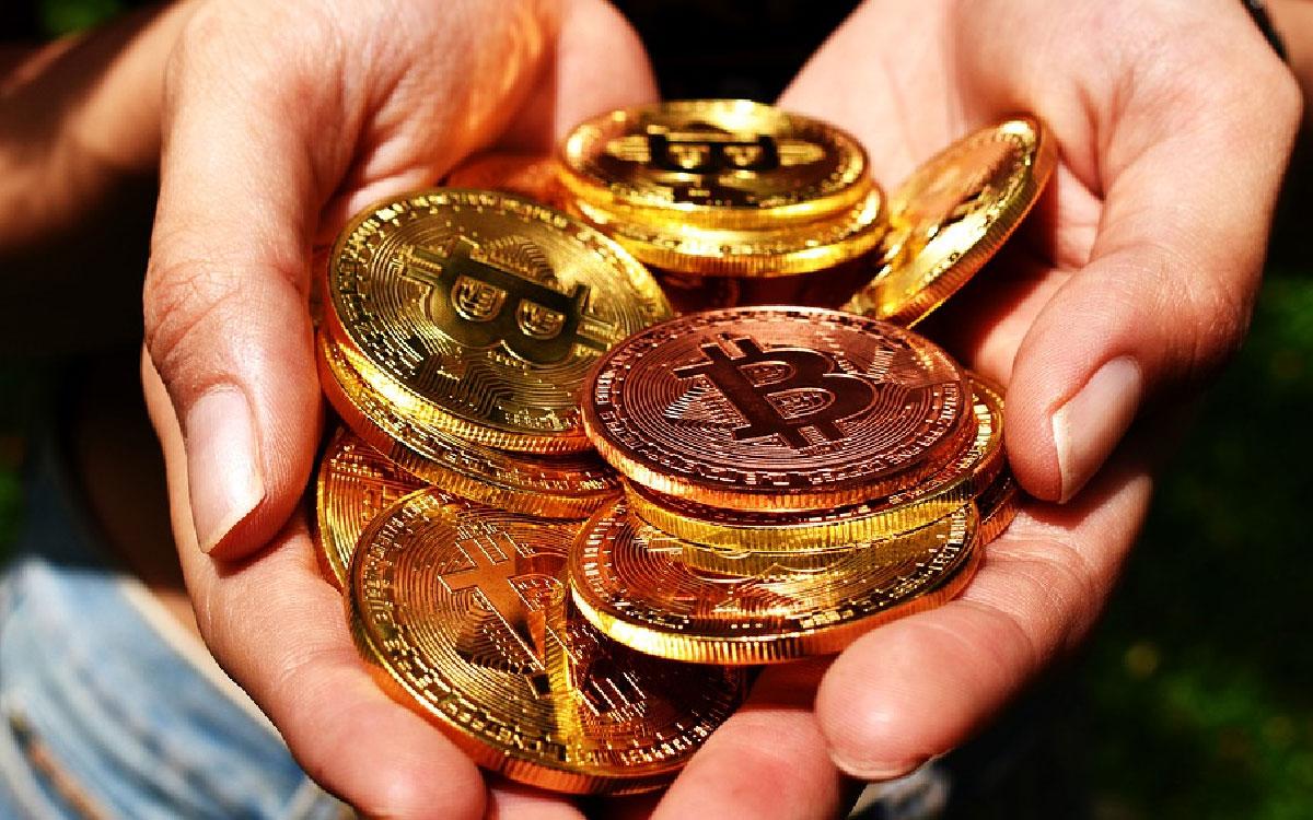Bitcoin supera la resistencia de los $10000 por primera vez en el año
