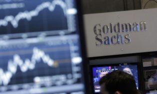 """Sobre la batalla de activos entre bitcoin y el oro, analistas del Goldman Sachs ven """"espacio para ambos"""""""
