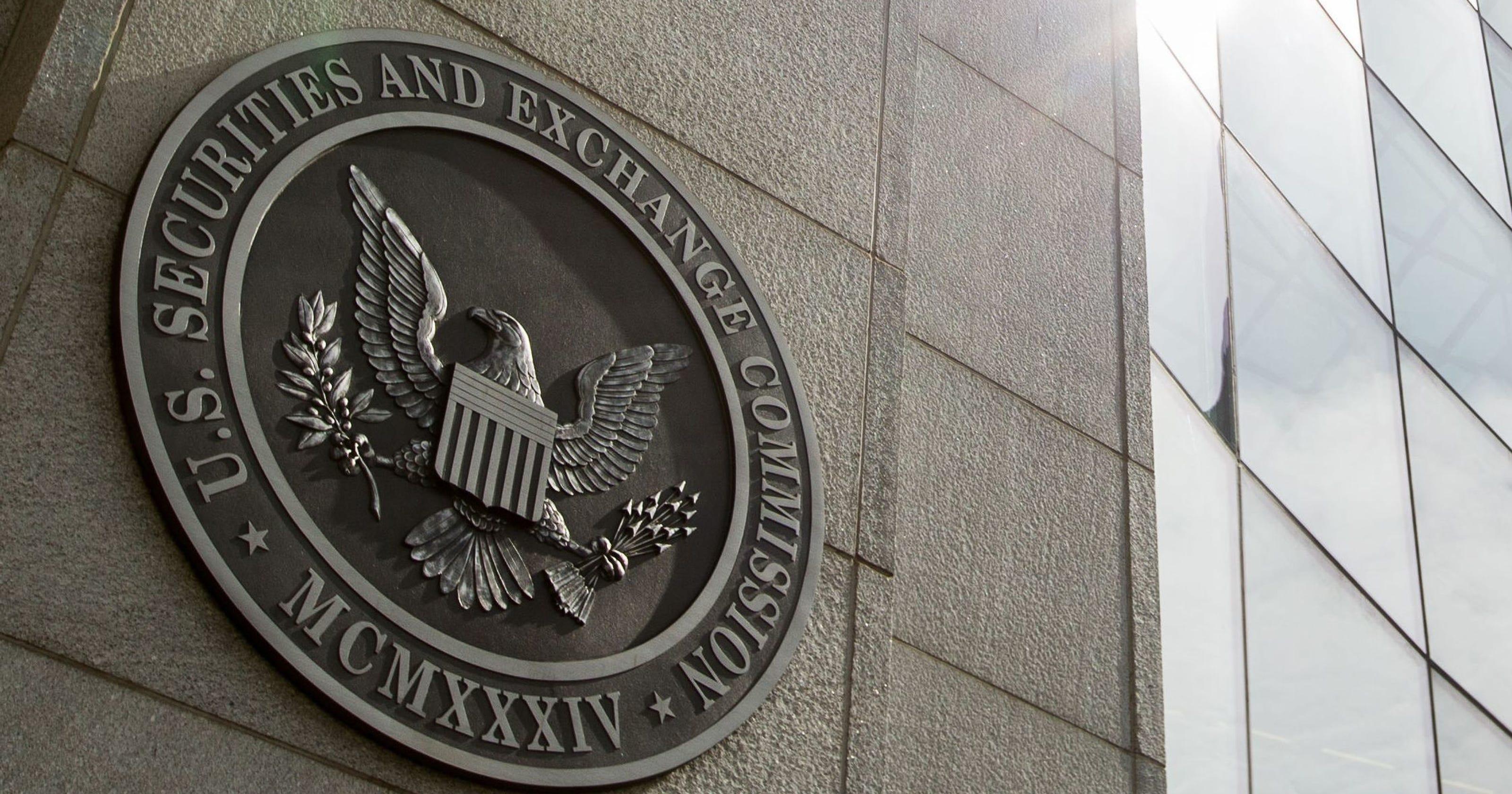 Comisión de Bolsa y Valores de los Estados Unidos pospone decisión sobre las propuestas de ETF de Bitcoin