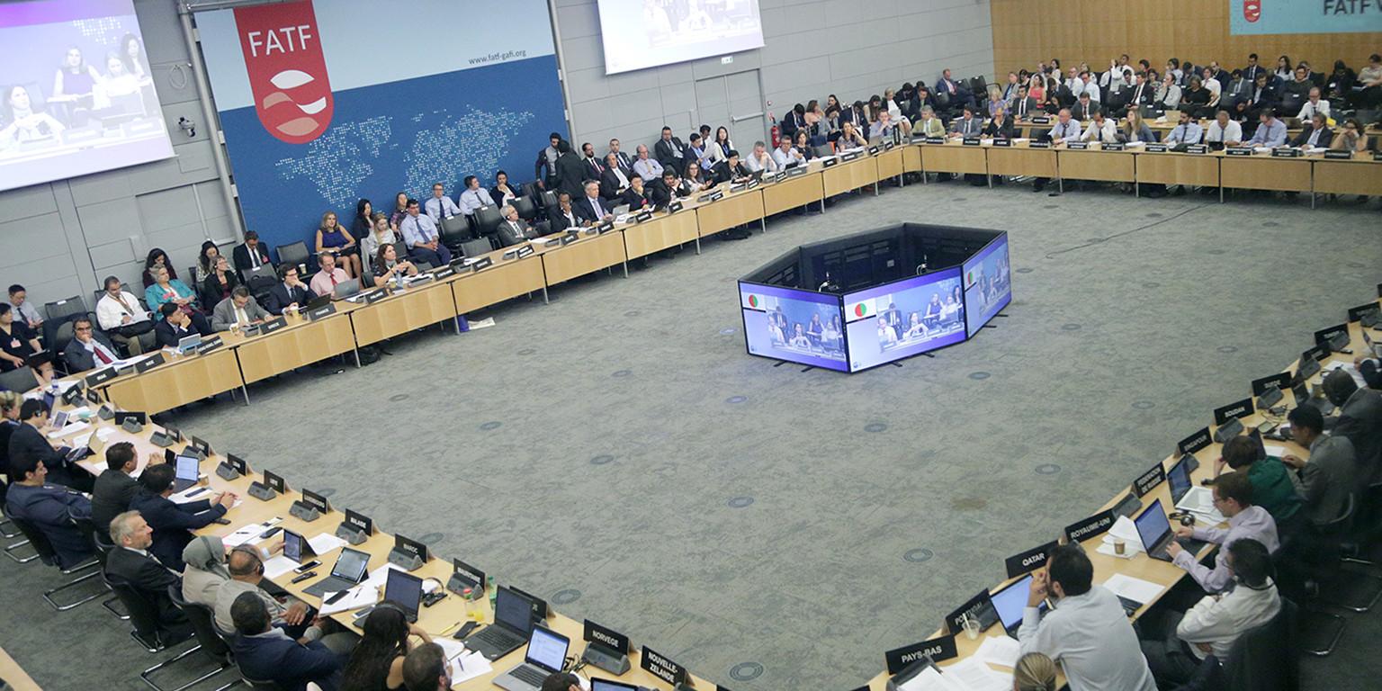 Gobiernos de 15 países trabajan en un sistema global de monitoreo para transacciones en criptomonedas, según informe