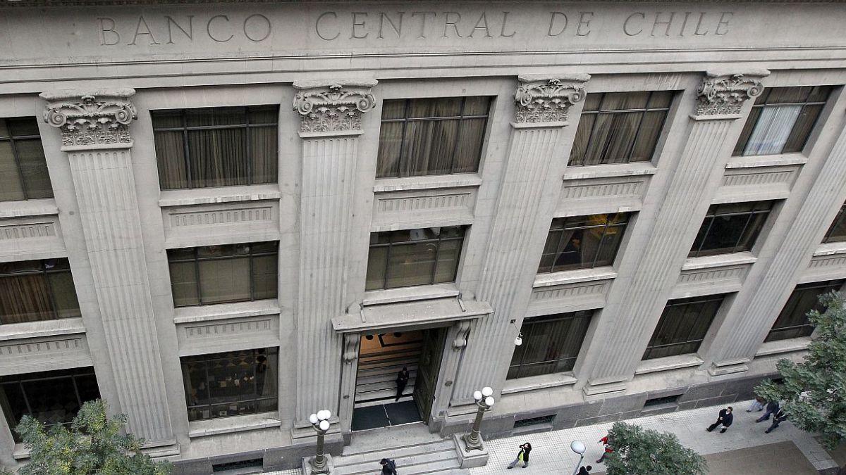 """Presidente del Banco Central de Chile: """"Las monedas digitales del Banco Central pueden mejorar la eficiencia del mercado"""""""