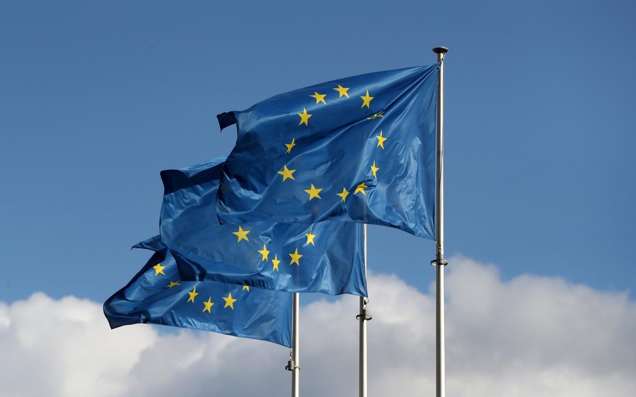 Comisión Europea pide asesoramiento para su proyecto de una blockchain pública