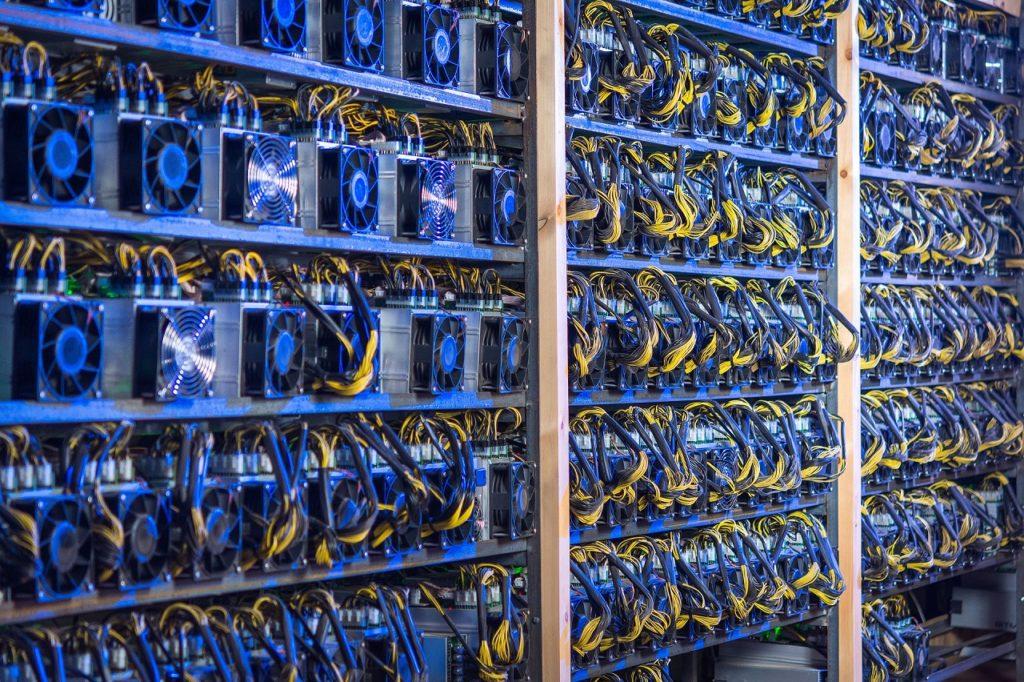 Minería criptográfica no será regulada en Ucrania, según explica el Ministerio de Transformación Digital del país
