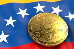 Un petro vale el esfuerzo de un médico en Venezuela