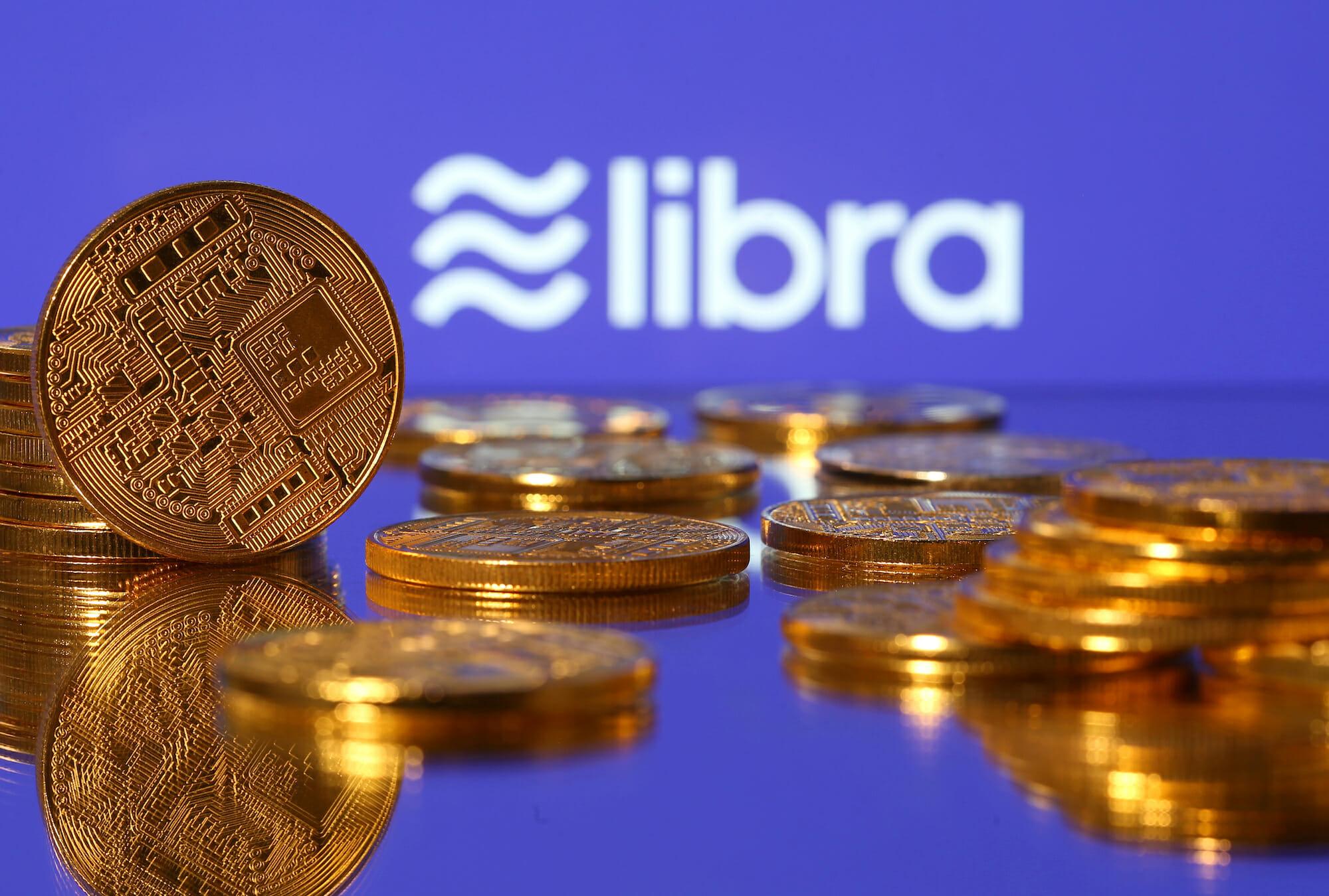 Con las constantes dudas por parte de gobiernos y reguladores, un rediseño del proyecto Libra hacia una red de pagos multimonedas es factible, explica un informe