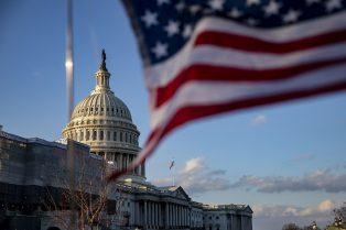 """En Estados Unidos, un congresista impulsa la """"Ley de Criptomonedas 2020"""", que busca clarificar cuáles agencias federales regulan los activos digitales"""