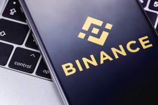 Con una nueva solución de Binance, comerciantes podrán ofrecer compras nativas de criptomonedas a través del intercambio en sus plataformas