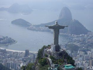 En Brasil, el presidente del Banco Central señala que para 2022 el país podría tener su propia moneda digital, mientras que una firma permitirá retiros de efectivo a través de criptomonedas