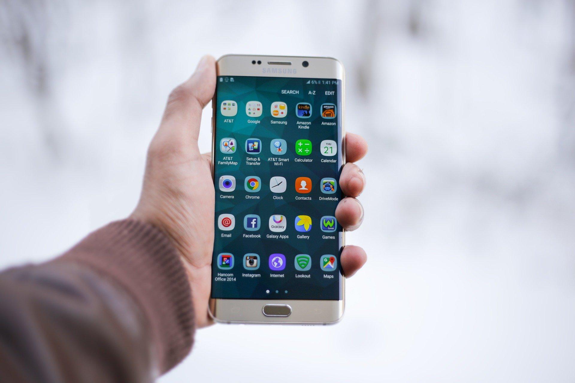 Billetera blockchain de Samsung contará con integración de soluciones antilavado de dinero