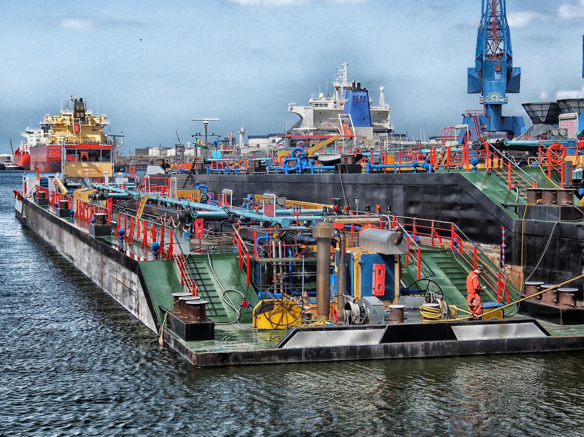 En Holanda, el Puerto de Rotterdam utiliza tecnología blockchain e inteligencia artificial para realizar la transición hacia energías renovables