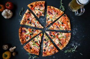 En Venezuela ahora es posible realizar pagos en Pizza Hut con criptomonedas tras una alianza con Cryptobuyer