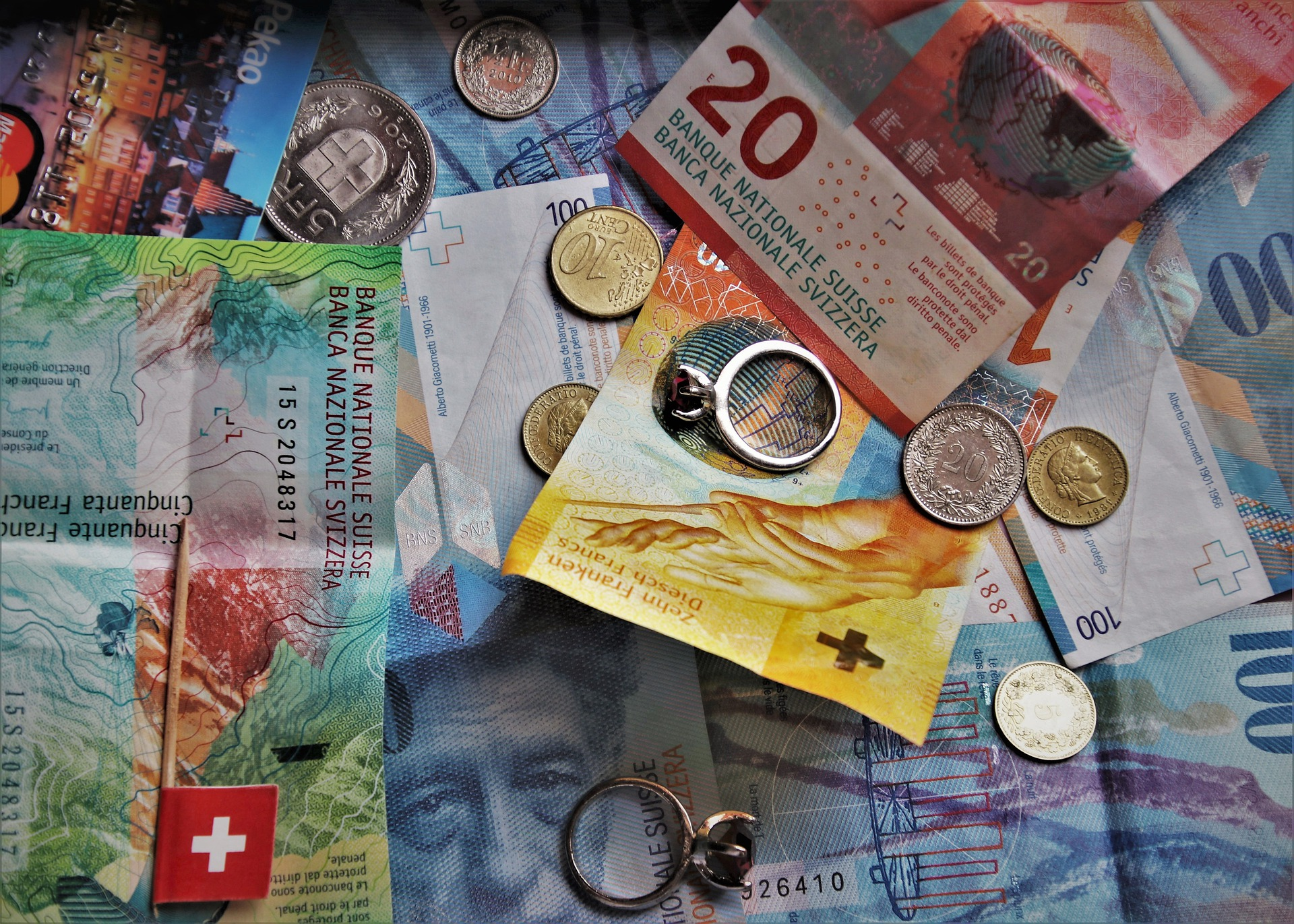 Banco de Pagos Internacionales y Banco Central de Suiza finalizan con éxito las pruebas piloto de una moneda digital emitida por bancos centrales a escala mayorista