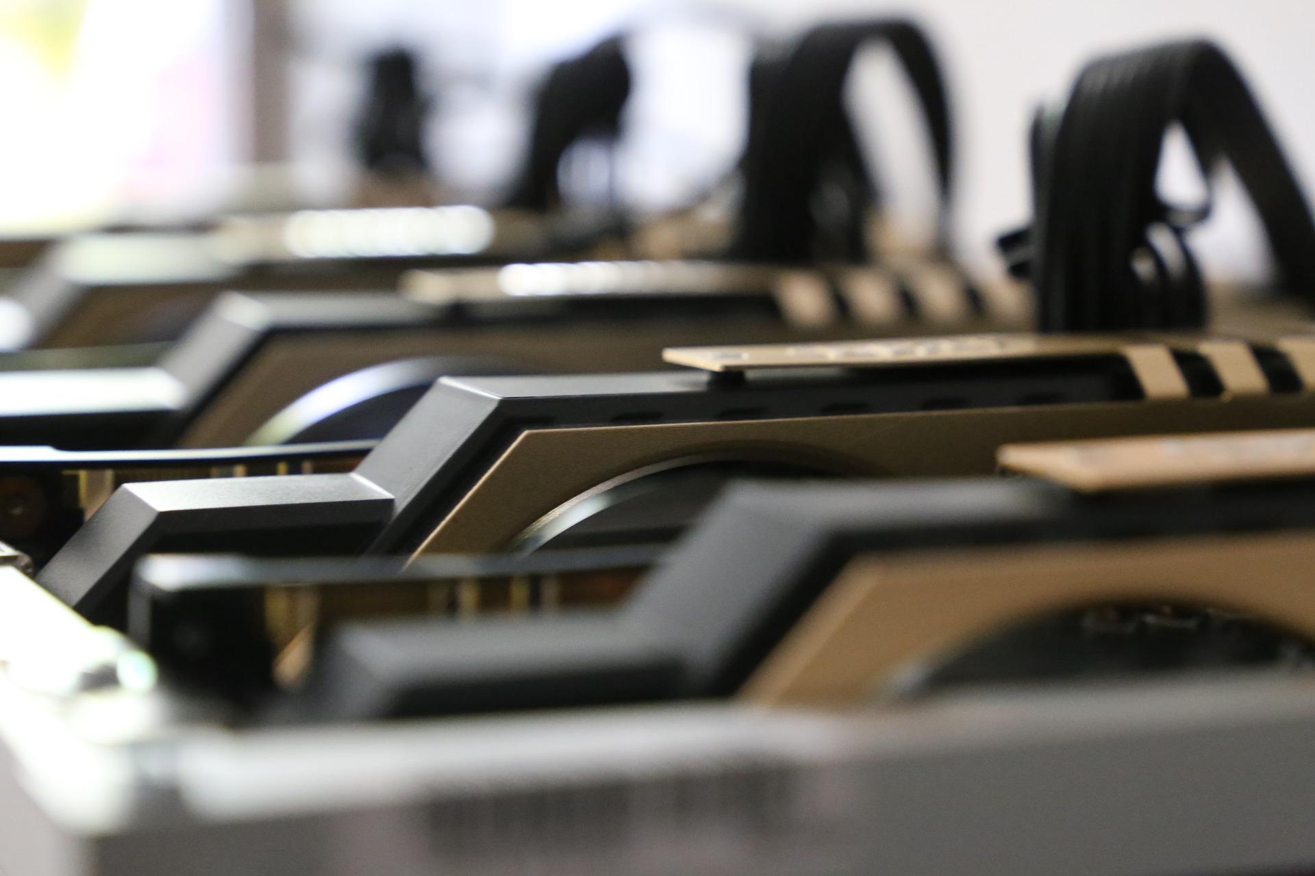 Regulador de criptomonedas, compañía estatal eléctrica y ministerio de energía fijan regulaciones para la minería digital en Venezuela