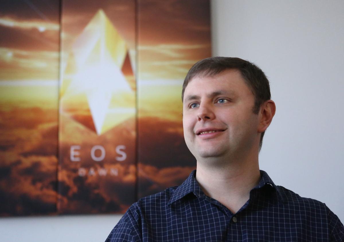 Dan Larimer renuncia a block.one y EOS criptotendencias