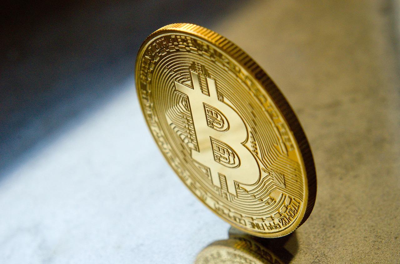 Alcalde de Miami no esconde su interés por Bitcoin y la ciudad considera ofrecer a sus empleados la opción de recibir salarios en la criptomoneda