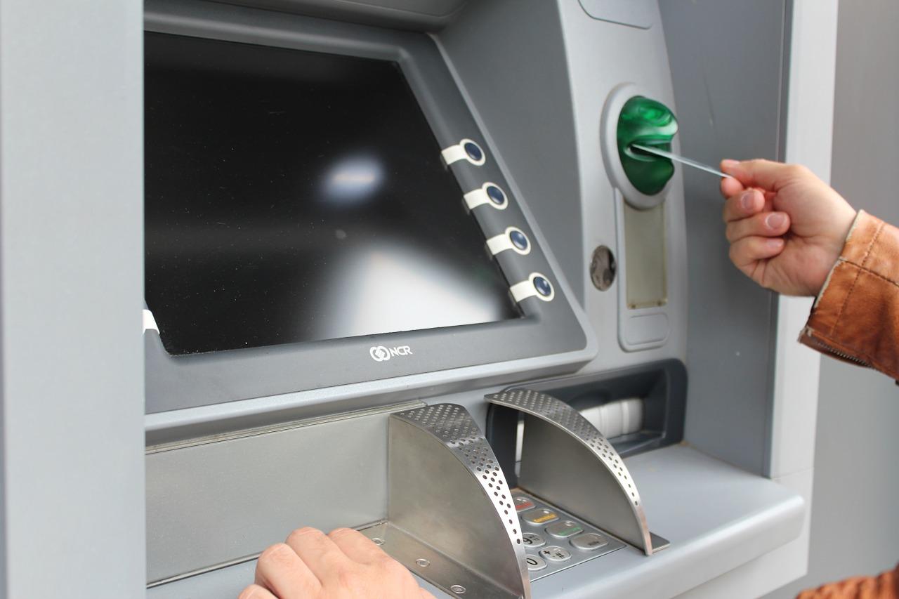Blue Ridge se convierte en el primer banco de Estados Unidos en ofrecer servicios de compra y canje por efectivo de Bitcoin en sus cajeros automáticos