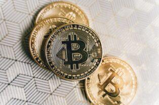 Jack Dorsey dona casi 3 millones de dólares en Bitcoin a África tras la venta de su primer tweet como NFT