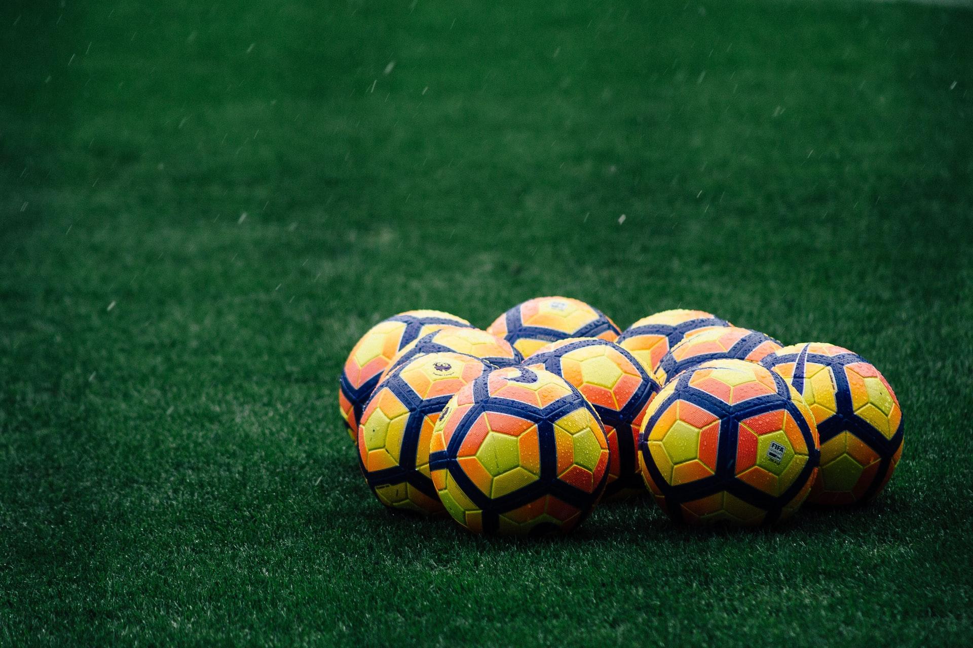 Futbolistas como James Rodríguez, João Félix y Radamel Falcao lanzan coleccionables digitales en Zilliqa, mientras que el club Atlético Mineiro llevará camisetas históricas como NFT a Binance
