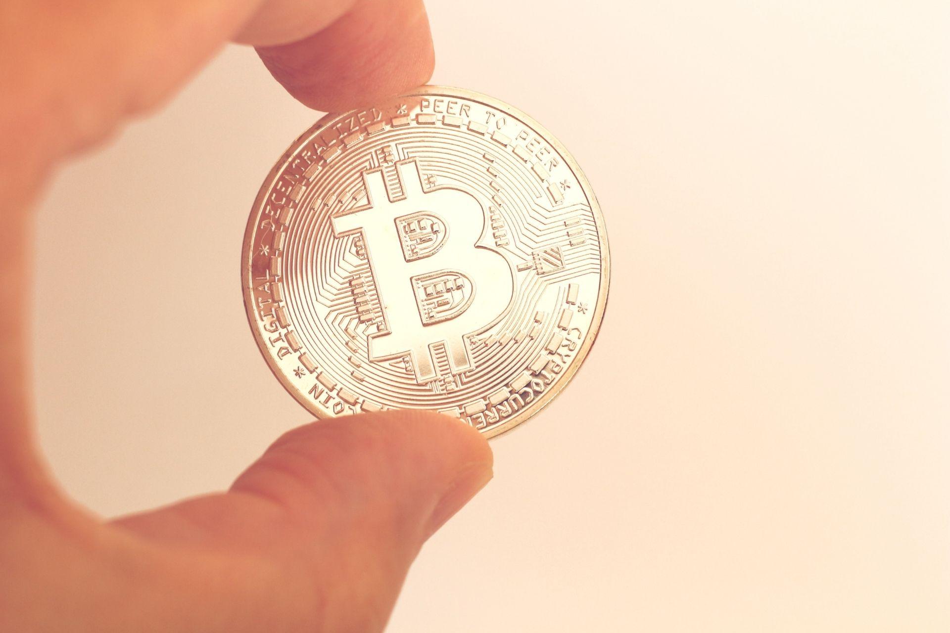 Oficialmente, Bitcoin se convierte en una moneda de curso legal en El Salvador, que es el primer país del mundo en adoptar la criptomoneda